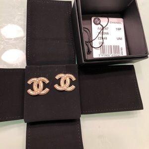 💯% Authentic Chanel faux pearl earrings